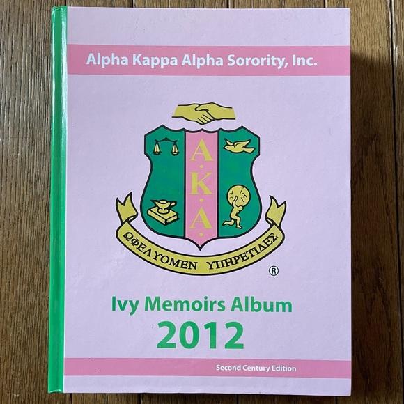 Alpha Kappa Alpha AKA Ivy Memoirs Membership Book